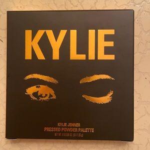 Kylie Pressed Powder Palette